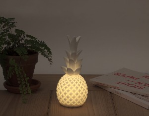 LED Lampa- ananas